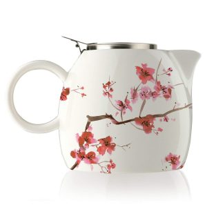 tetera con dibujos de flores de cerezo