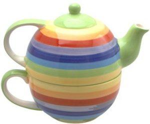 tetera de arcoiris con taza